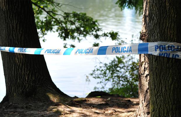 wp_policja_tasma_policyjna_jezioro_utoniecie_lukasz_szelemej600